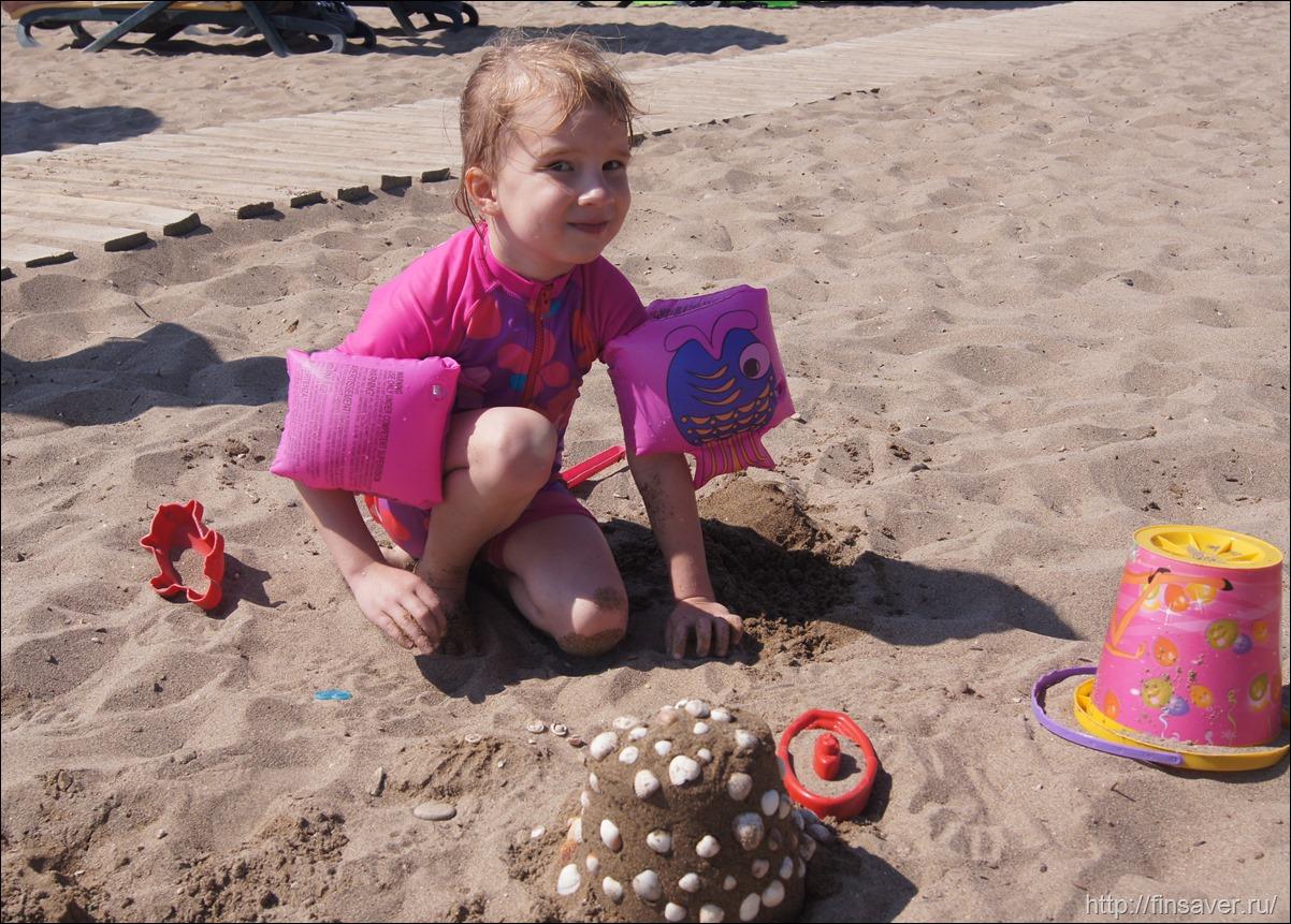 выбор детской солнцезащиты отпуск путешествия физические фильтры химические безопасность на пляже iherb обзор