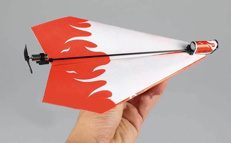 Бумажный самолетик превращается…